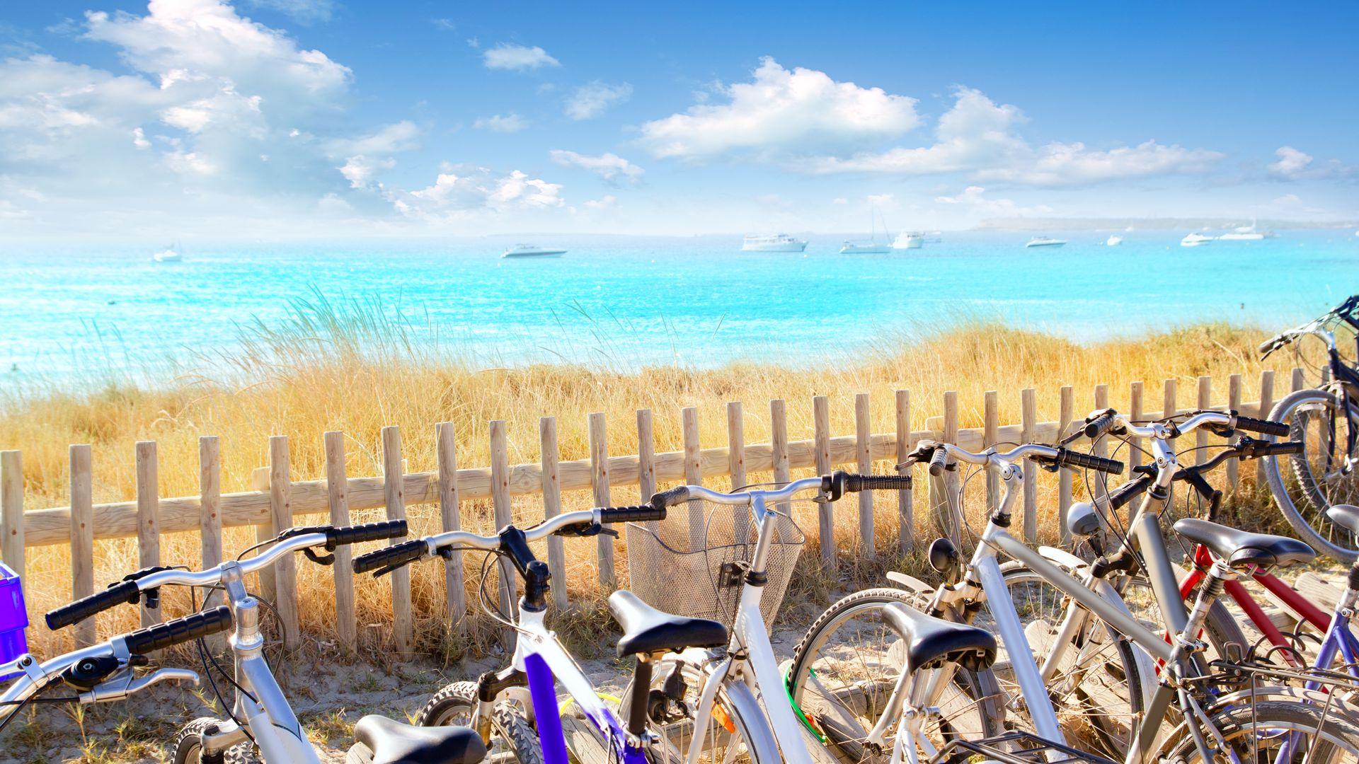 Vive formentera en bicicleta for Dormir en formentera