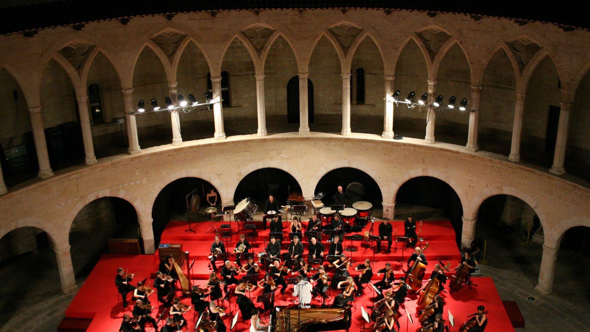 Imagen  Discover the Bellver Castle Music Festival